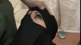 Arab Slut Blowjob In The Car