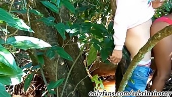 Anal Fuck In The Jungle Of Brazil With A Brunette Prostitute With A Nice Ass