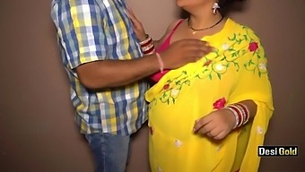 Hot Indian Step Mom Fucked By Neighbour Uncle
