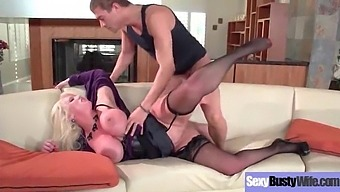 Hard Style Nailed On Cam A Sexy Busty Wife (Alura Jenson) Mov-04