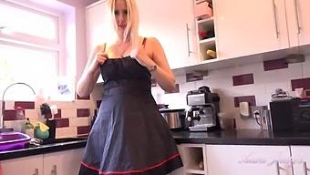 Auntjudys - 42yo Hot Blonde Milf Tracey - Kitchen Joi
