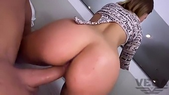 I Met In Tinder 18yo Young Girl And She Gave Me Her Big Ass To Be Fucked In Anal And Huge Creampie In Tight Pussy While Her Pervert  Father Filmed It On The Phone.(Part 3/4)