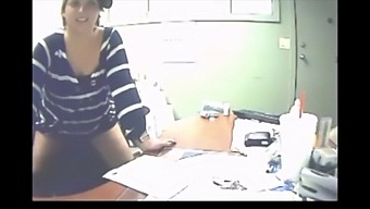 Married Chick Fucks Her Co-Worker While At Work