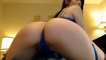 This Cam Slut Is Hot - Hornyslutcams.Com