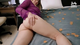 Step Mom Wants To Play Sex Games - Cory Chase