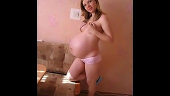 Teenie Pregnant Girlfriends!