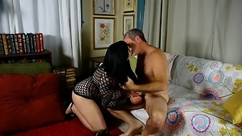 Beautiful Busty Chubby Brunette Loves To Fuck & Facials