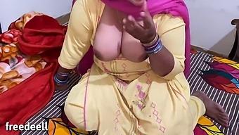 Pakistani Chubby Girl With Indian Boy