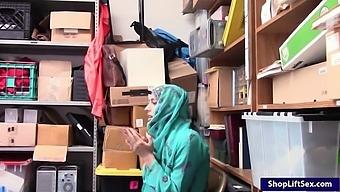 Arab Teen Shoplifter Boned By Lp Officer